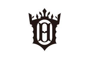 中心に「H」の入った予科の徽き章は、法政大学高等学校、第二中・高等学校の校章として受け継がれている