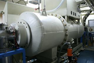 タンデム加速器
