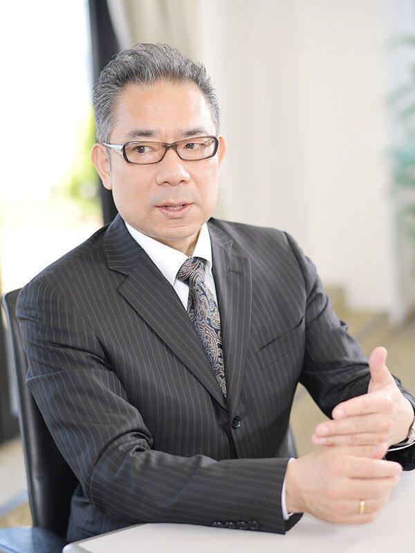 経済学部経済学科 藤沢 周 教授