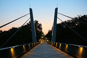 夕景の法政Vブリッジ